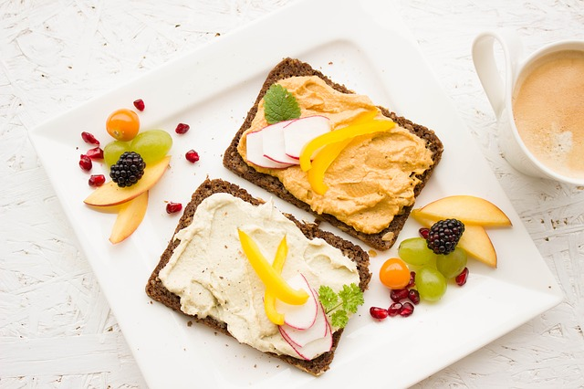 breakfast with bread and egg